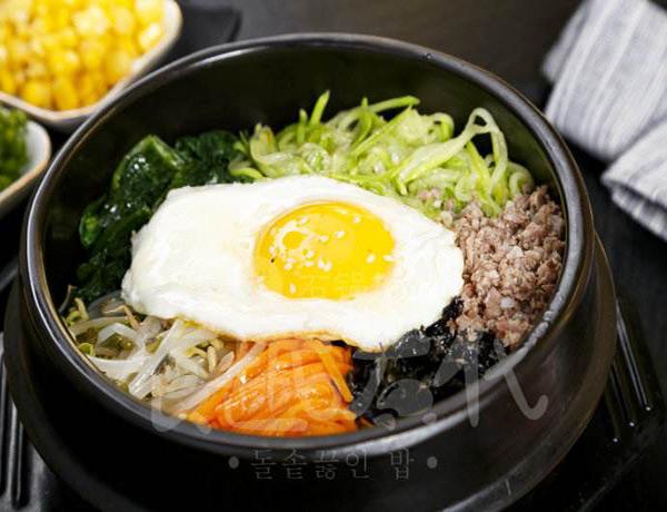 食趣石代石锅饭加盟怎么样?做出的美味无可匹敌?在市场上占据很重要的竞争地位