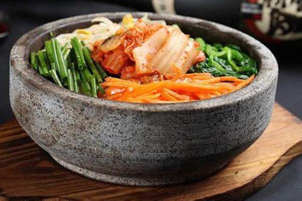 柒阿锅石锅菜