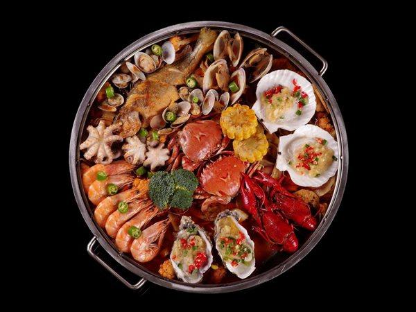 开辣否海鲜餐饮店一年能赚多少钱呢?