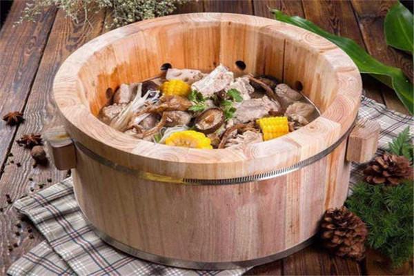 木桶喷泉火锅加盟