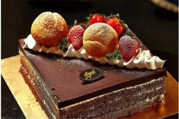 安琪蛋糕店加盟