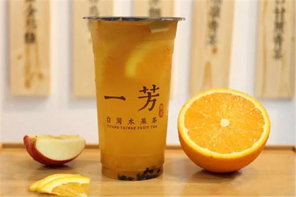 加盟一芳水果茶怎么样呢?在饮品市场上占据了一席之地