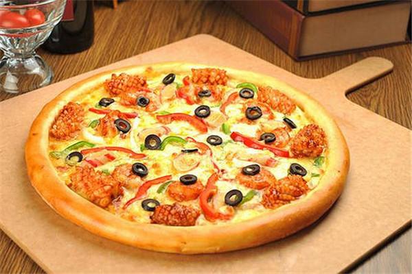 至尊披萨加盟费多少