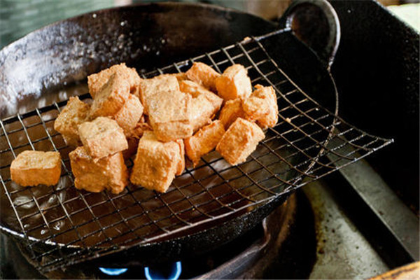 炸臭豆腐小吃车加盟
