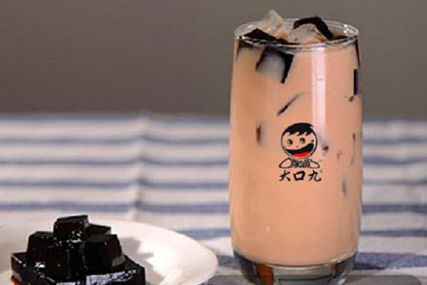 大口九奶茶加盟店