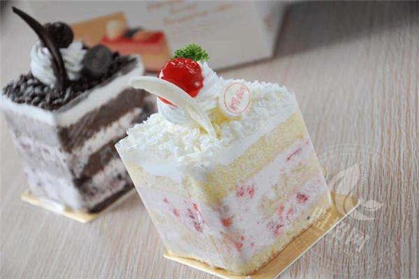 元祖蛋糕加盟费包括哪些项目支出?如何选址开元祖蛋糕店?