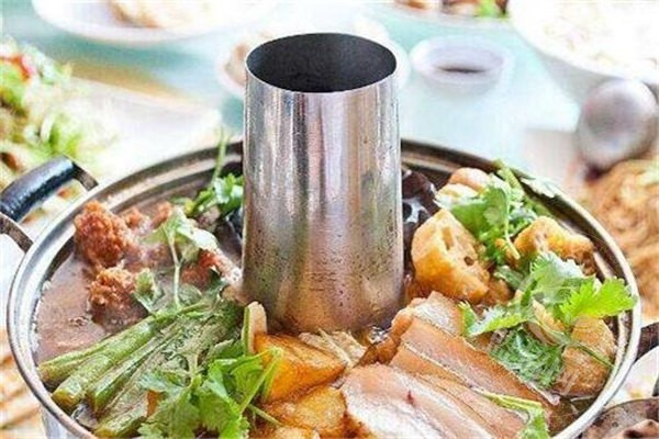 加盟石锅鱼火锅
