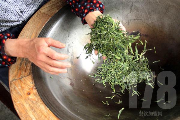北京陈罐西式茶货铺生意火吗?加盟后有生意吗?