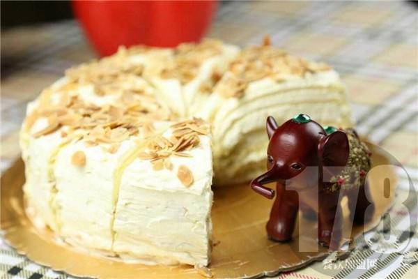 礼颂至品蛋糕加盟需要什么条件?低门槛无压力就能开店