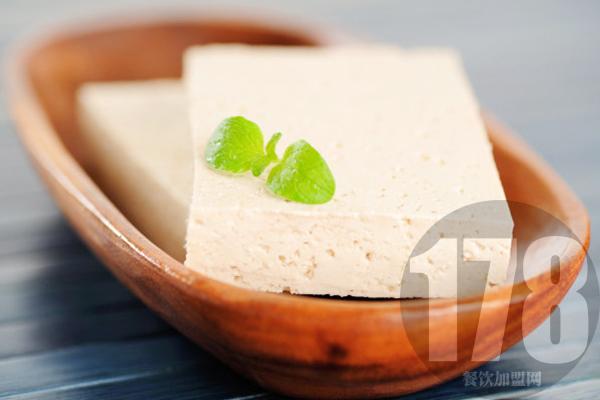 关注皮蛋豆腐凉拌的做法这么久:为什么不来看看这款品牌?
