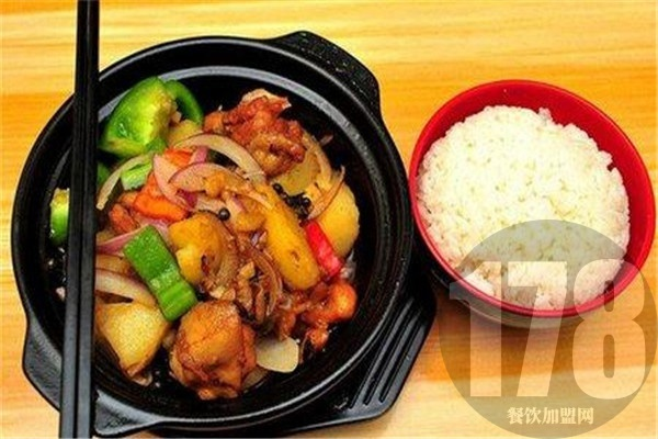 投资加盟四食一黄焖鸡米饭 健康美味暴力上位横扫同类产品