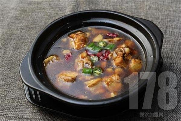 中意坊黄焖鸡米饭加盟多少钱