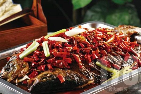 龙潮美式炭火烤鱼值得加盟吗?优势众多让你成功在望