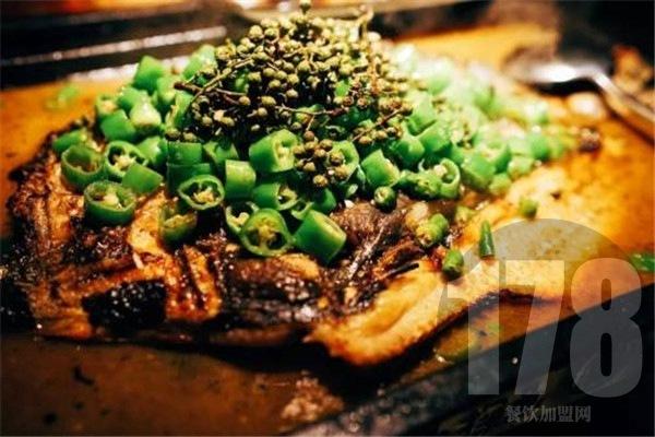 藏式秘制烤鱼加盟费多少钱?费用低的好项目