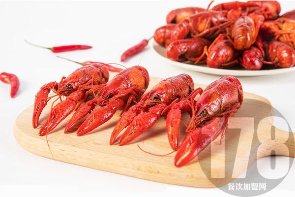 上海沪小胖龙虾老板告诉你,开小龙虾店能赚多少钱?