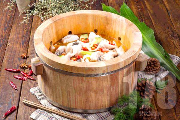 九洲石锅鱼