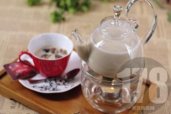 茉莉花奶茶加盟怎么样?多种惊喜等你发现