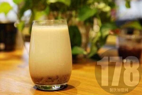茶颜悦色奶茶加盟店