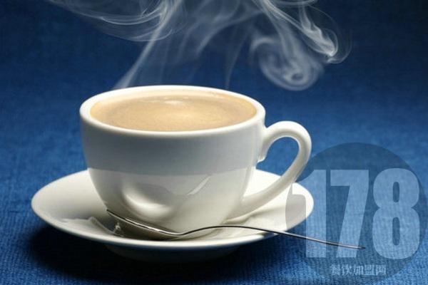 七杯茶奶茶加盟店