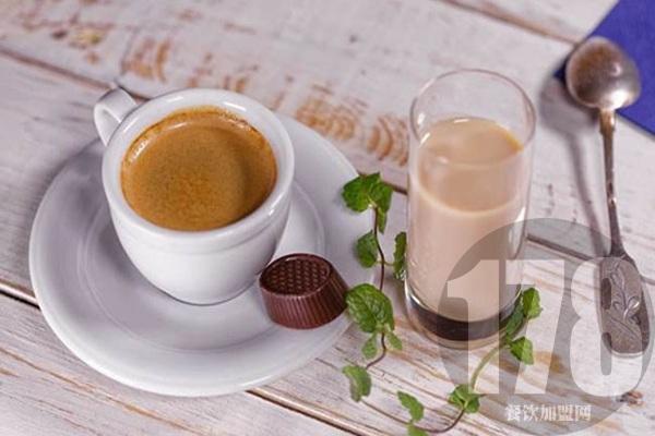 十月巷奶茶为什么生意不好