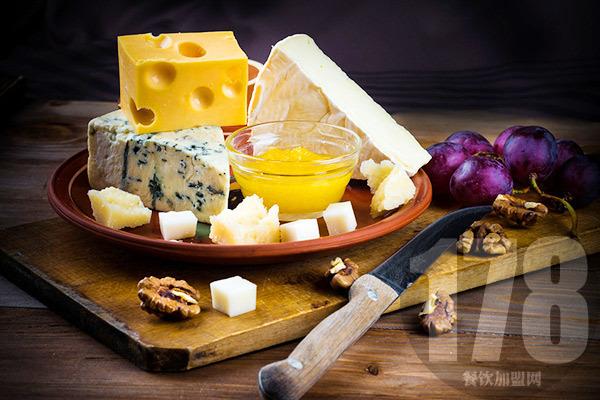 田甜奶酪加盟电话及条件
