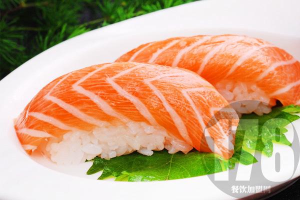 万岁寿司加盟总部火热招商:让你离取得成功更近一步