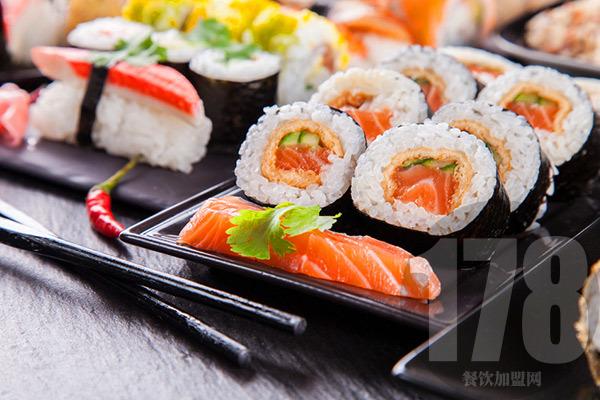 万田寿司加盟优势有哪些?全方位扶持安稳开店经营