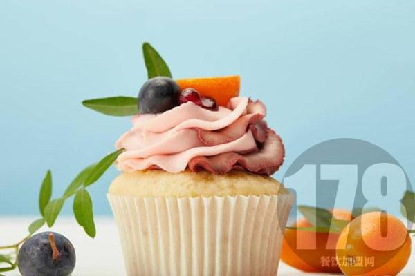 加盟阿芒迪娜烘焙优势有哪些?实力品牌自带发展优势