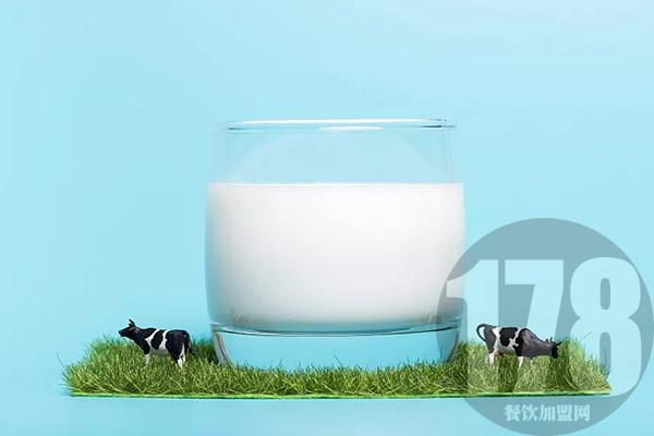 巴氏鲜奶吧加盟费是多少