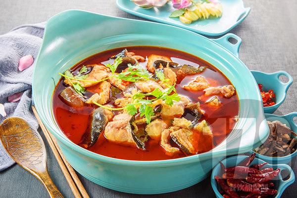 江小鱼斑鱼火锅加盟